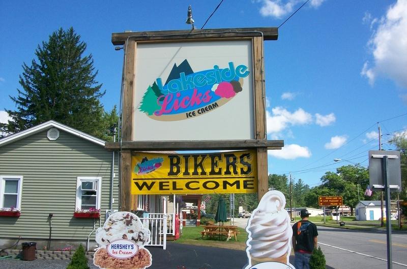 Lakeside Licks Ice Cream