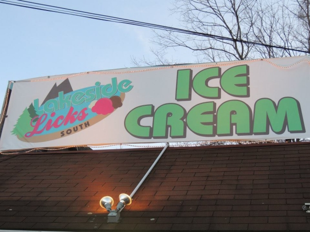 Lakeside Licks Ice Cream on Route 9W S in Milton, New York