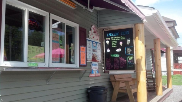 Lakeside Licks Ice Cream - Speculator, NY