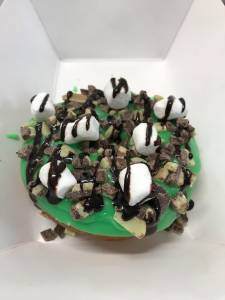 Hole In One Gourmet Donuts - Highland, NY
